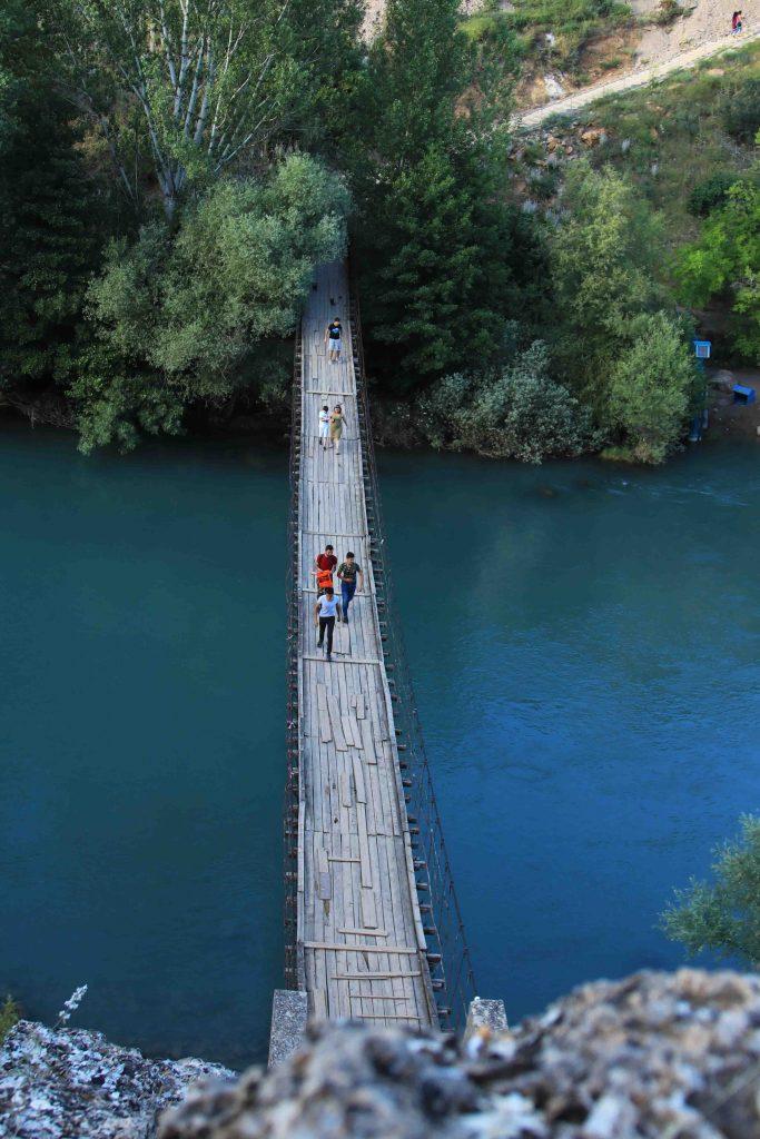 Dikilitaş Asma köprü