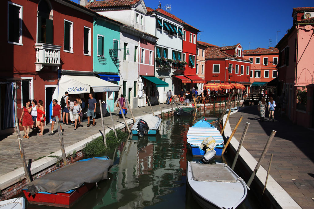Mega Italya Burano Adası www.cekergezer.com Hakan Aydın ÇekerGezeR
