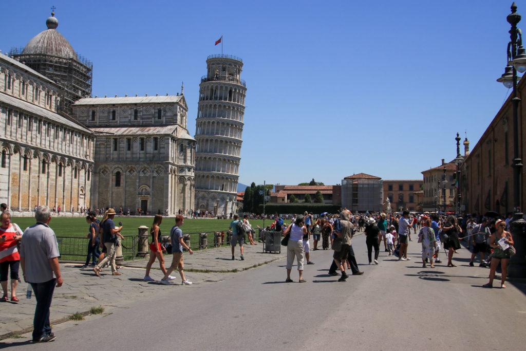 www.cekergezer.com ÇekerGezeR Hakan Aydın Mega Italya Pisa