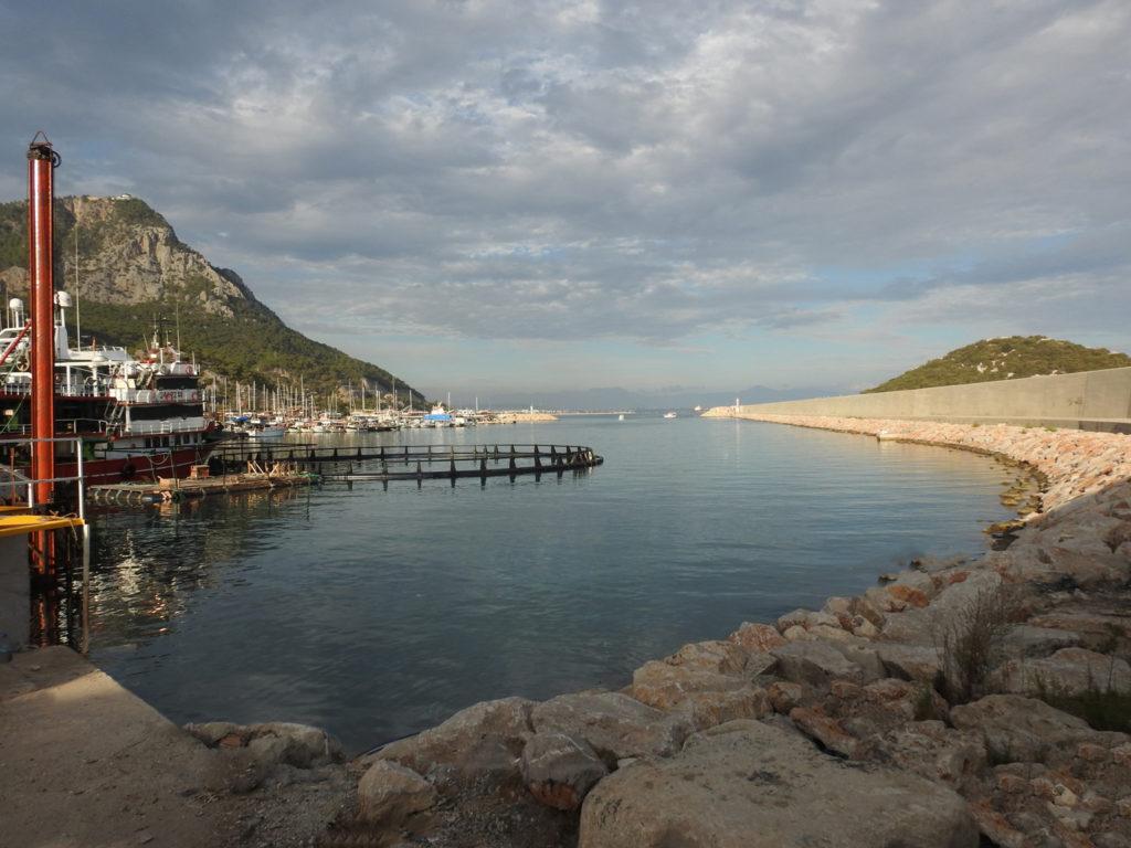 Antalya Balıkçı Barınağı