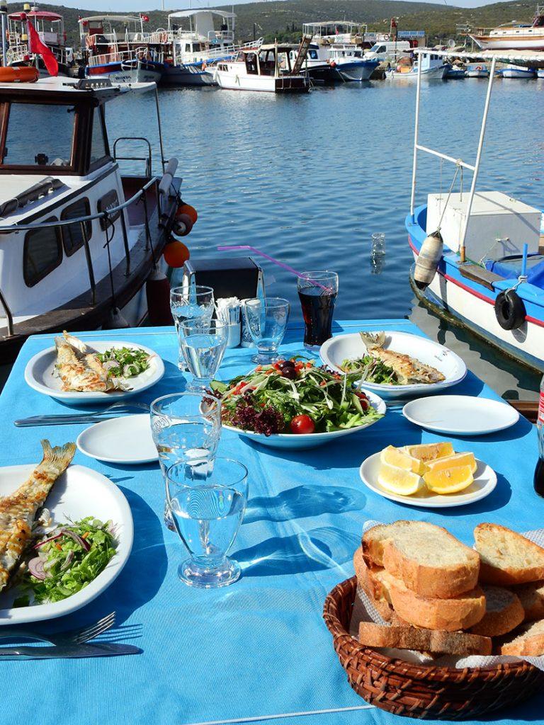 Sığacık Marina'da Bir Balık Lokantası