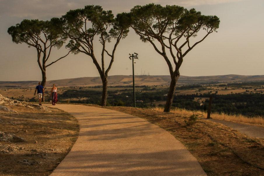 www.hakanaydın.com.tr ÇekerGezeR Hakan Aydın Bari, Italy - İtalya
