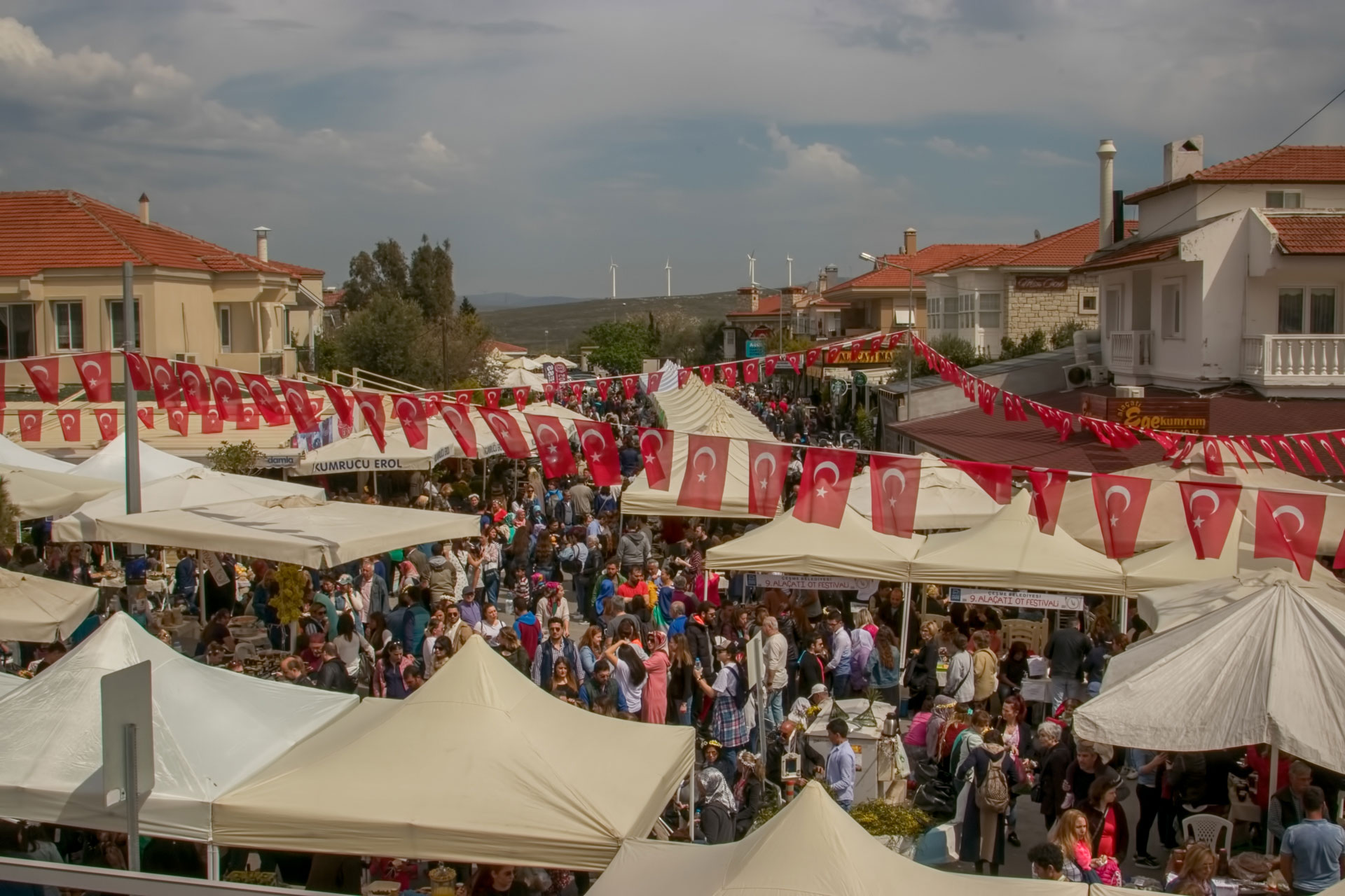 Ayder Turizm Ayderlegez Alaçatı Ot Festivali Turu www.ayder.com.tr Çekergerz Hakan Aydın