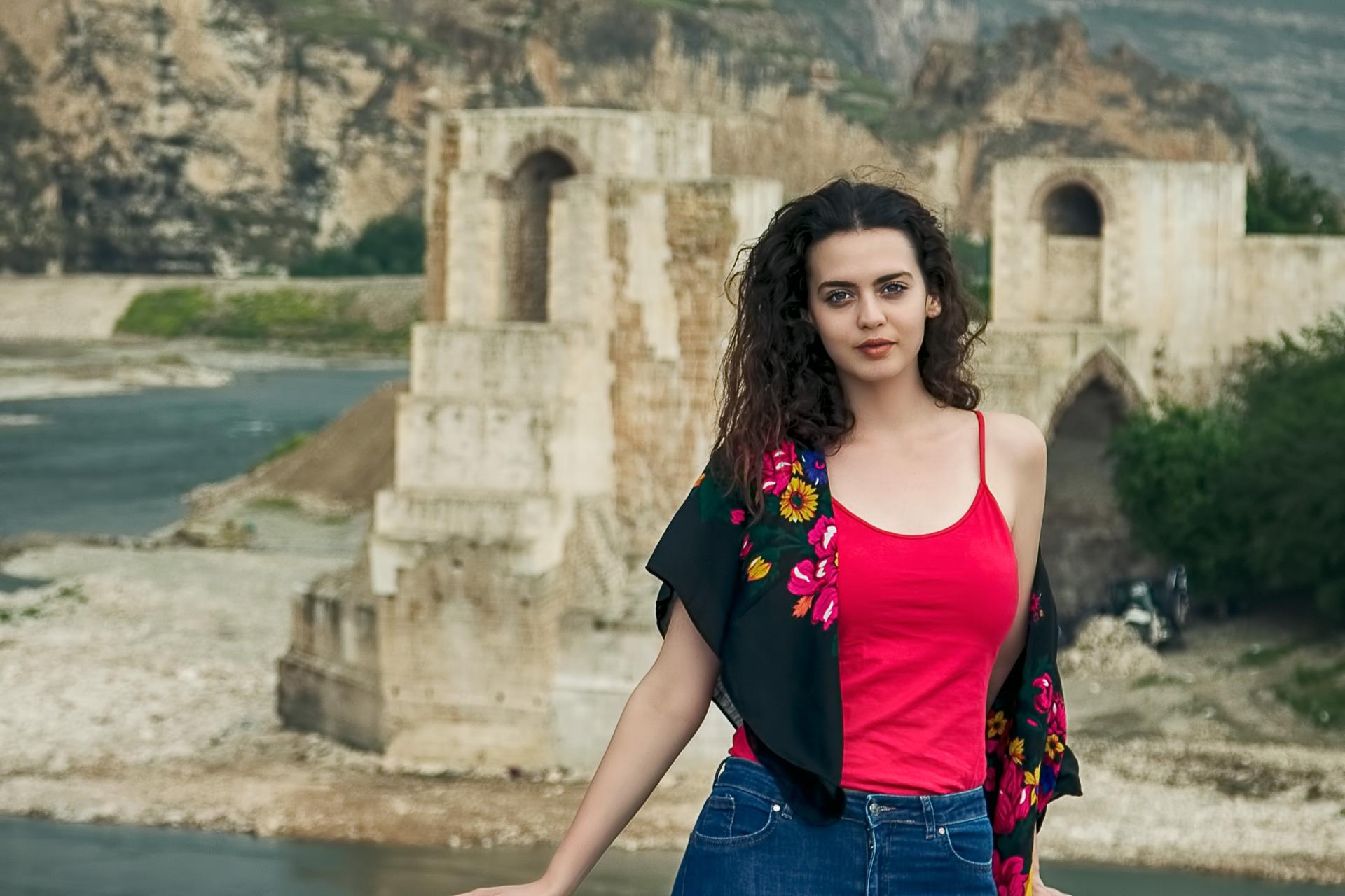 Hasankeyf Fotoğrafları Batman Türkiye Gezgin Fotoğrafçı Çekergezer Hakan Aydın Fotoğrafları www.cekergezer.com www.cekergezer.com