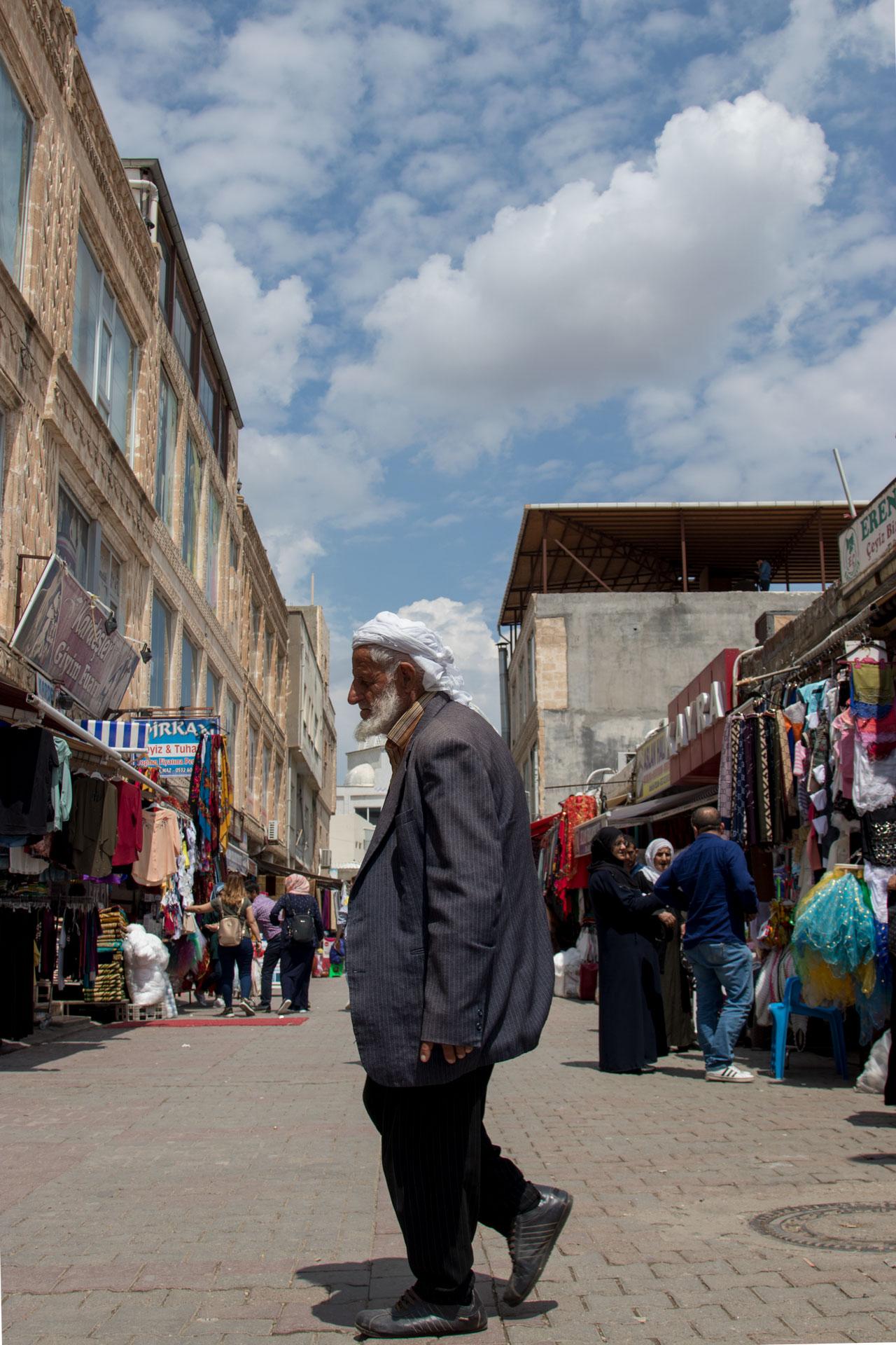 Midyat Fotoğrafları Mardin Türkiye Gezgin Fotoğrafçı Çekergezer Hakan Aydın www.cekergezer.com www.hakanaydın.com.tr