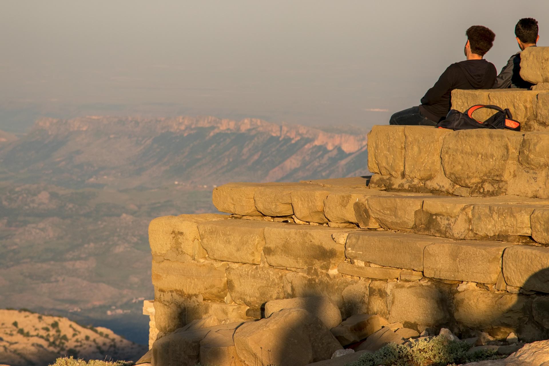 Nemrut Dağı Komagene Krallığı Adıyaman Fotoğrafları Çekergezer Hakan Aydın Fotoğrafları www.cekergezer.com www.hakanaydın.com.tr