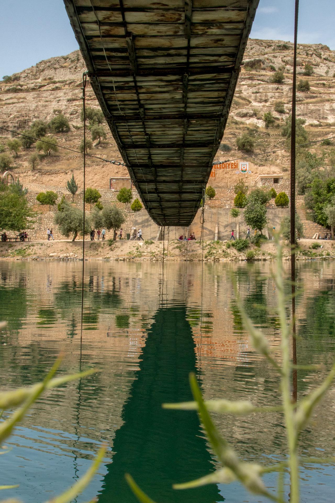 Batık Şehir Halfeti Fotoğrafları Şanlıurfa Türkiye Gezgin Fotoğrafçı Çekergezer Hakan Aydın www.cekergezer.com www.cekergezer.com
