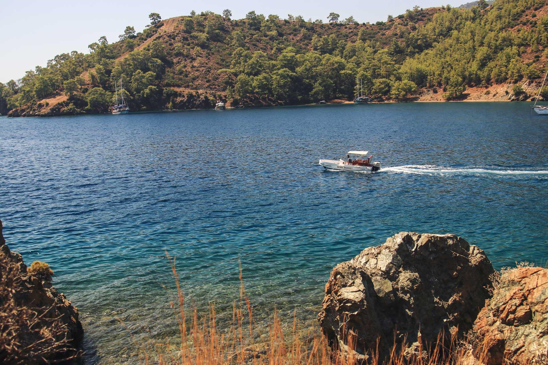 Kille Koyu Kille sahili Göcek Muğla Türkiye Çekergezer Fotoğrafçı Hakan Aydın www.cekergezer.com. www.hakanaydın.com.tr