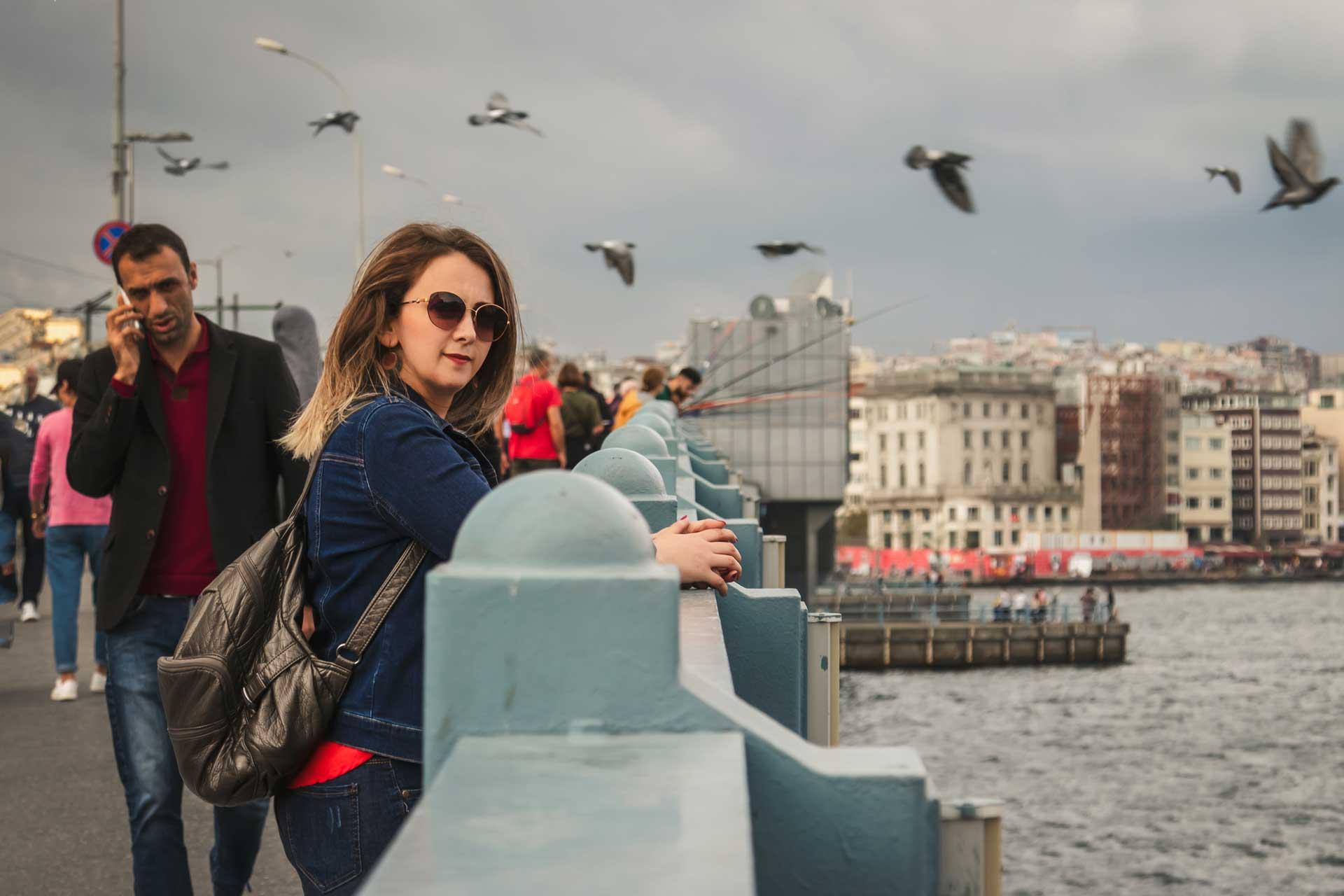 Bana ulaşın sizin de İstanbul sokaklarında doğal fotoğraflarınız olsun