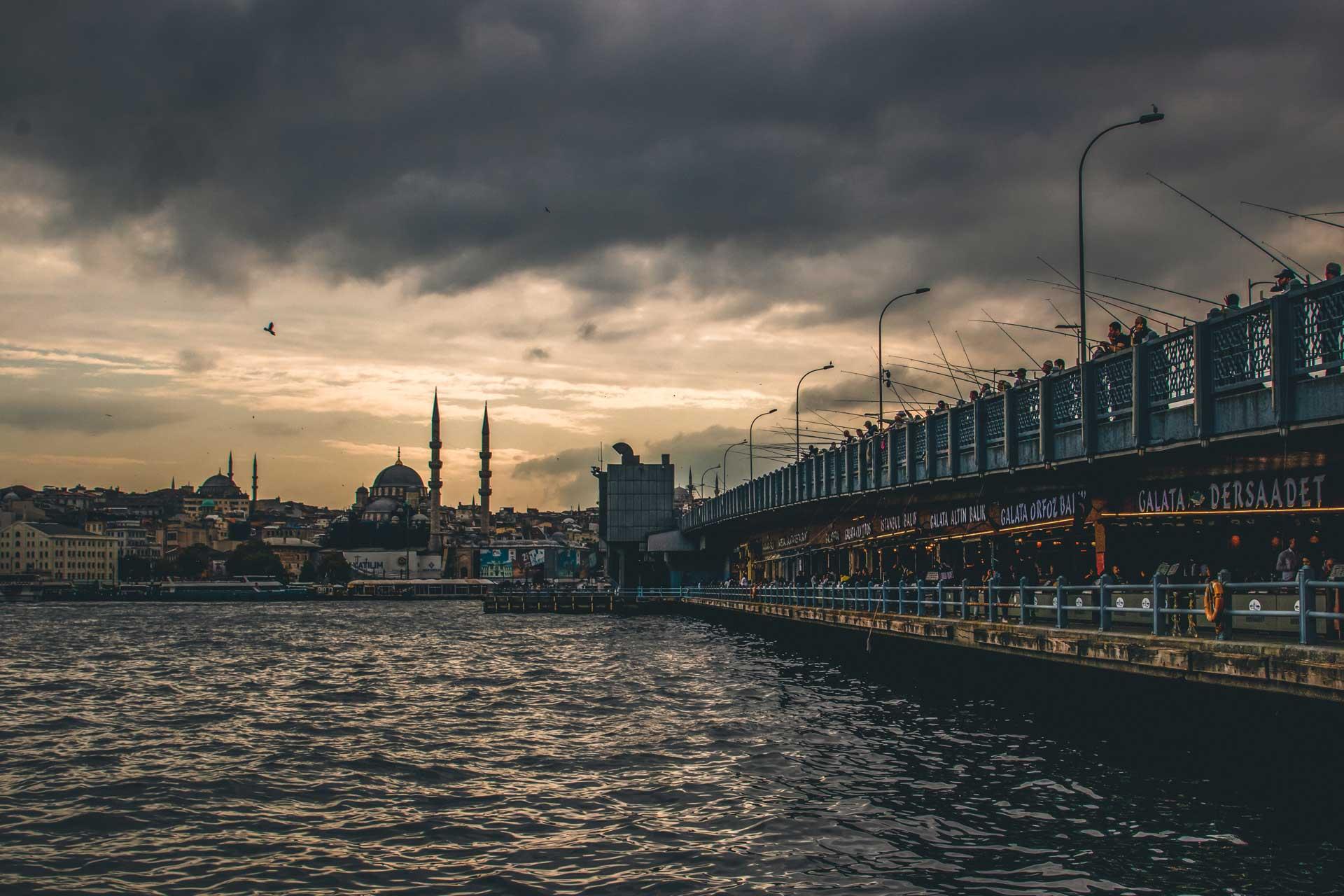 İstanbul'da Gün Batımı İstanbul Fotoğrafları Çekergezer Hakan Aydın Fotoğrafları www.cekergezer.com