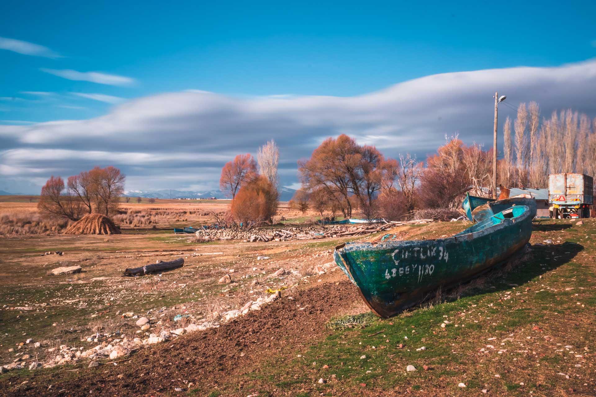 Beyşehir Fotoğrafları Tekne ve Bulutlar Uzun pozlama Çekergezer Hakan Aydın Fotoğrafları