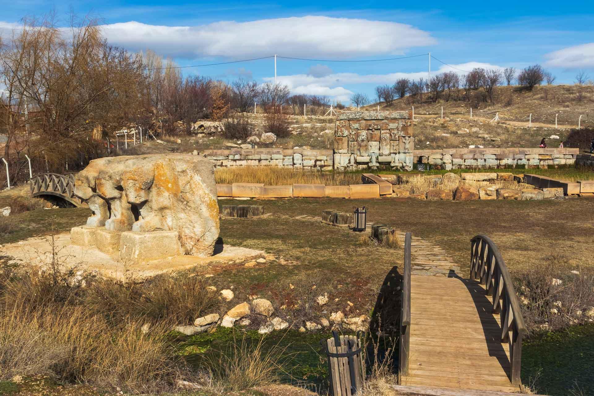 Eflatunpınar Hitit Su Anıtı Beyşehir Gezilecek Yerler Konya Çekergezer Hakan Aydın Fotoğrafları Gezgin Fotoğrafçı