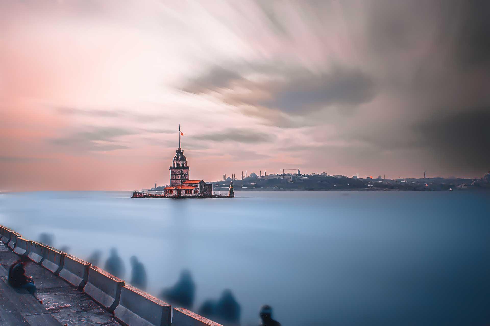 İstanbul Fotoğrafları Kız Kulesi uzun pozlama Maiden Tower Exposure Çekergezer Hakan Aydın Fotoğrafları